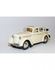Diecast Model: Moskvici 400-420A (beige)