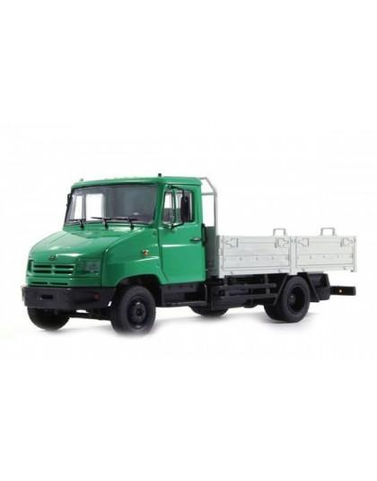 Diecast Model: ZiL-5301 (light green)
