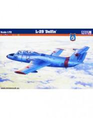 L-29 ,,Delfin,, (inmatriculare FAR)